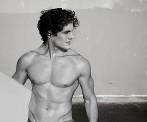 beach, body, and daniel sharman image