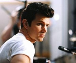 chris isaak, rock, and rockabilly image