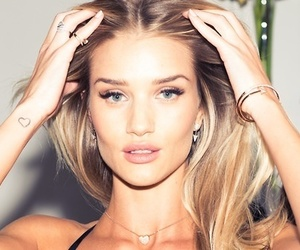 model and Rosie Huntington-Whitley image