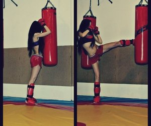 girl and kickbox image