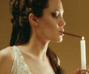 Angelina Jolie, Original Sin, and cigarette image