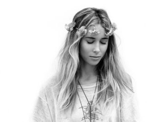 90210, ivy, and gillian zinser image