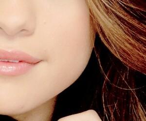 beautiful, brown eye, and pink image