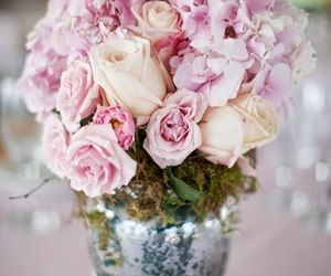 centerpiece, flowers, and pink image