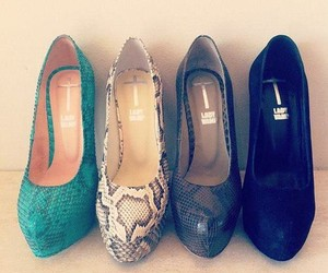 fashion, high heels, and lady vamp image
