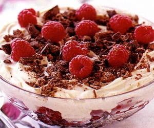 dessert, meal, and trifle image