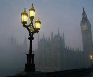 london, fog, and Big Ben image