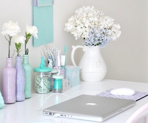 beauty, blog, and pretty desk image