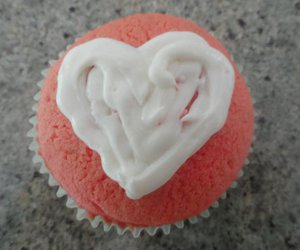 cupcakes, heart, and Strawberry Cupcake image