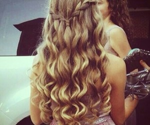 brunette, hair, and curly image