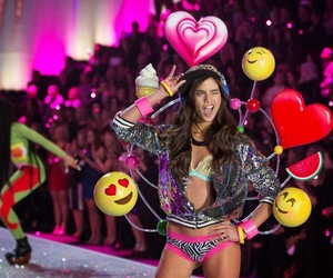 portuguese and sara sampaio image