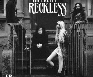 band, rock, and Taylor Momsen image