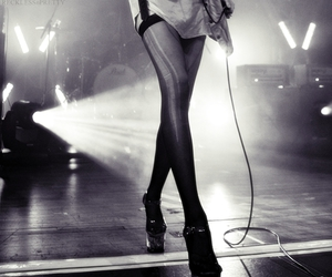 heels and Taylor Momsen image