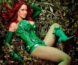 Bianca Beauchamp, Hot, and poison ivy image