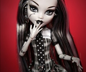 doll, monster high, and frankie stein image