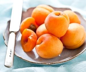 yummy and fruit image