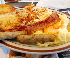 bacon, delicious, and cheese image