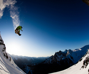 snow, snowboard, and snowboarding image