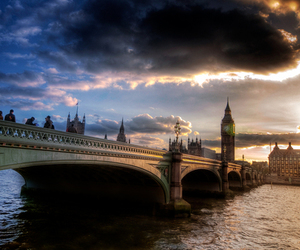 london, bridge, and United Kingdom image