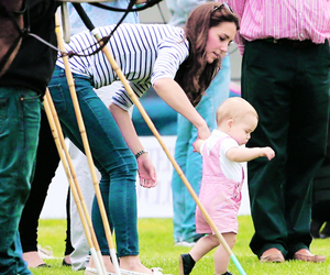 baby and prince george image
