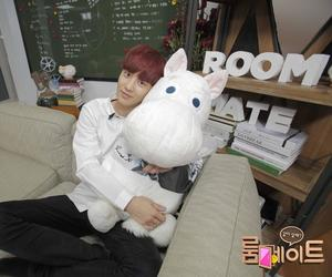 chanyeol, exo, and roommate image