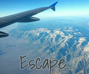 escape and fly image