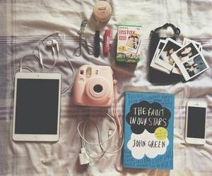 apple, the fault in our stars, and nos étoiles contraires image