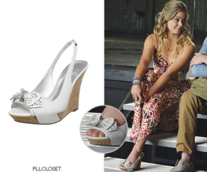 alison dilaurentis, escape from new york, and pll 5x01 image