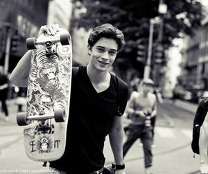 boy, skate, and Francisco Lachowski image