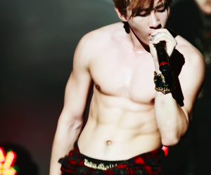 eunhyuk, super junior, and abs image