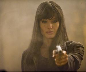 Angelina Jolie, salt, and movie image