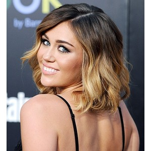miley cyrus short hair ombre on We Heart It