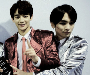 SHINee, ♥, and minkey image