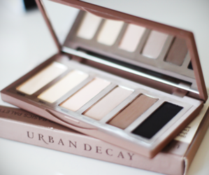 cosmetics, pretty, and eye shadow image