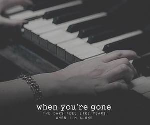 Avril Lavigne, piano, and when you're gone image