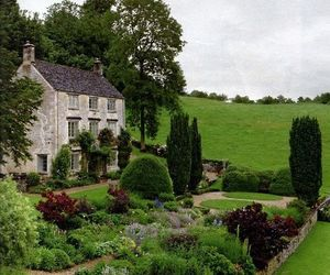 garden and home image