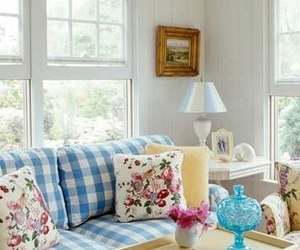 Countryhouse and decor image