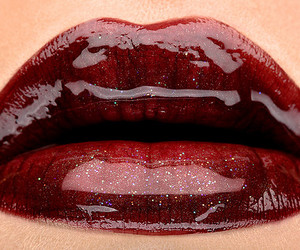 glossy, kiss, and glamourous lips image
