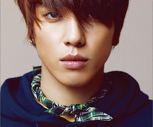 yonghwa, cnblue, and kpop image