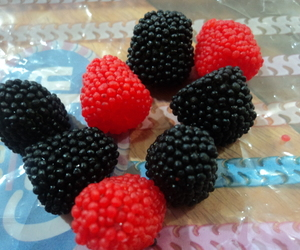 berries, jellies, and belly jellies image