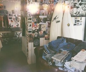 girl, indie, and room image