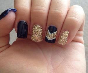 black and gold, nails, and uñas image