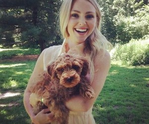 Annasophia Robb and dog image