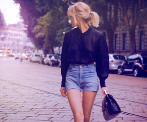 blonde, roupa, and vintage image