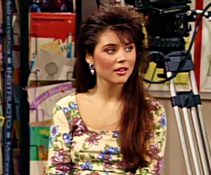 saved by the bell and kelly kapowski image
