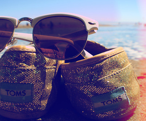 toms, beach, and summer image