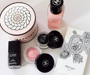 chanel and make up image