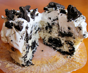 cupcake, food, and oreo image