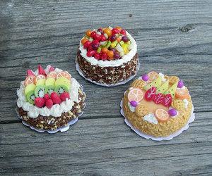 barbie, blythe, and cake image