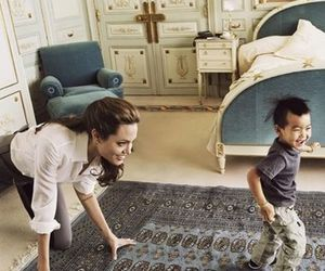 Angelina Jolie, family, and kids image